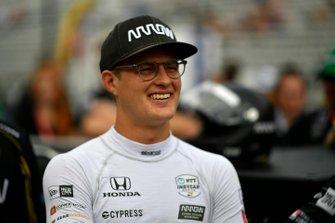Marcus Ericsson, Arrow Schmidt Peterson Motorsports Honda durante la competencia en boxes
