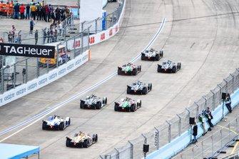 Start der Formel E 2018/19 in Berlin-Tempelhof