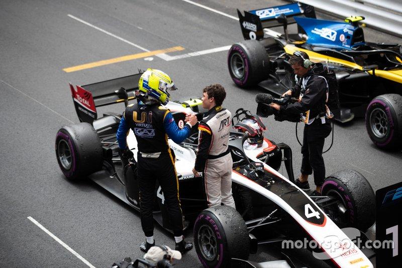 Nyck De Vries, ART Grand Prix Luca Ghiotto, UNI Virtuosi Racing