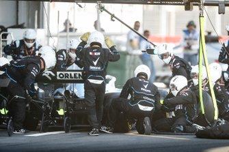 Robert Kubica, Williams FW42 pit stop