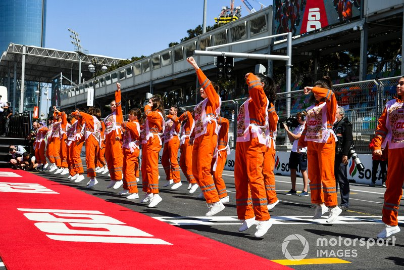 Marshals perform a dance prior to the drivers parade