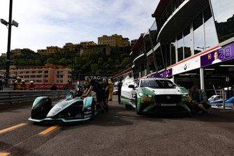 Mitch Evans', Panasonic Jaguar Racing, Jaguar I-Type 3 is pushed past Bandar Alesayi, Saudi Racing in the pit lane