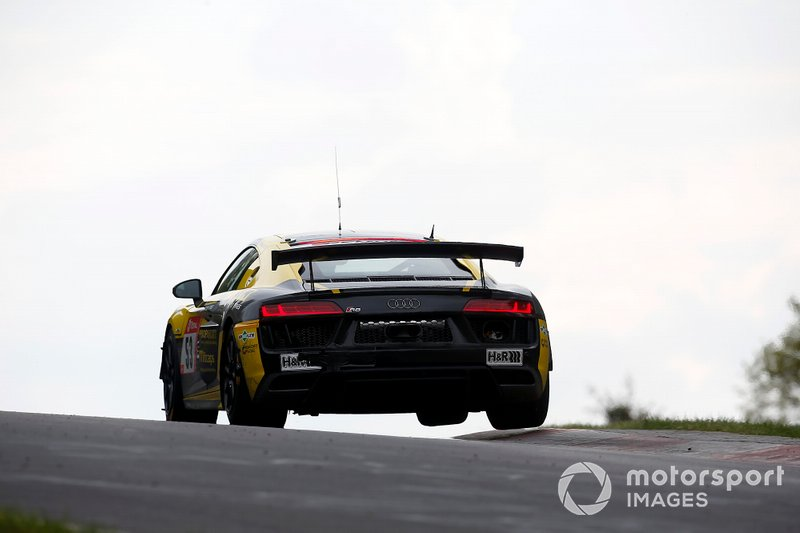 #53 Giti Tire Motorsport by WS Racing Audi R8 LMS GT4: Xiaole Rainey HE, Yat Shing S. Wong, Cheuk Wai Andy Yan