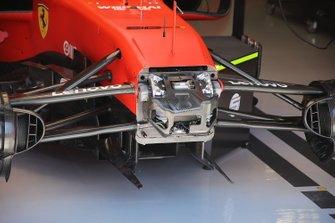 Ferrari SF90, parte frontale
