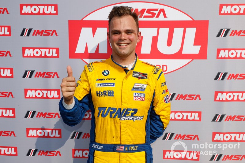 Il vincitore del pole Award #96 Turner Motorsport BMW M6 GT3, GTD: Robby Foley