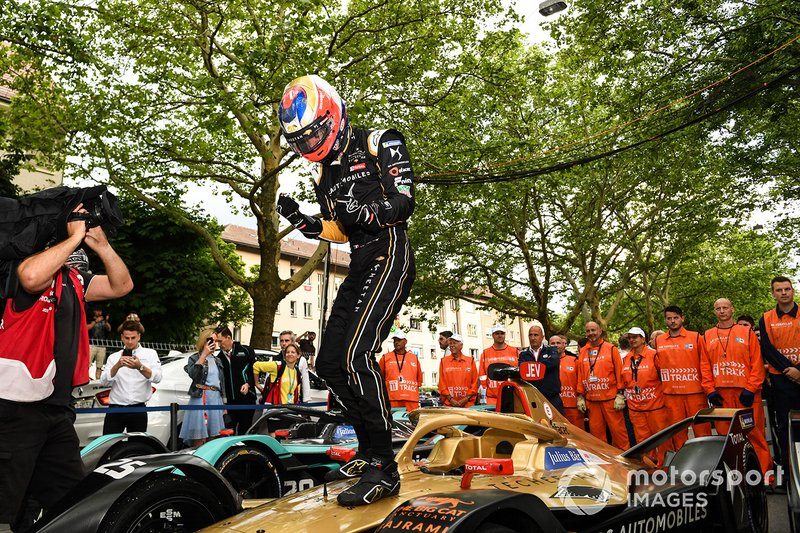 Ganador de la carrera Jean-Eric Vergne, DS TECHEETAH, DS E-Tense FE19