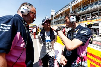 Sergio Perez, Racing Point, on the grid with team mates