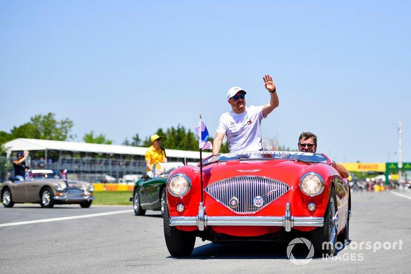 Valtteri Bottas, Mercedes AMG F1, alla parata dei piloti