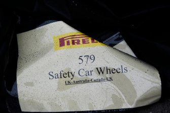 Packaging for safety car wheels