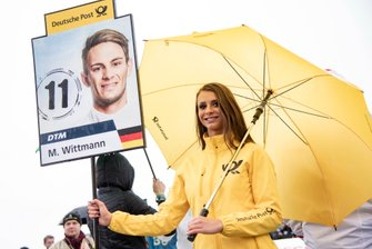 Grid girl, Marco Wittmann, BMW Team RMG