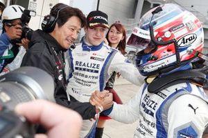 GT300 polesitters #56 Kondo Racing Nissan GT-R: Kazuki Hiramine, Sacha Fenestraz