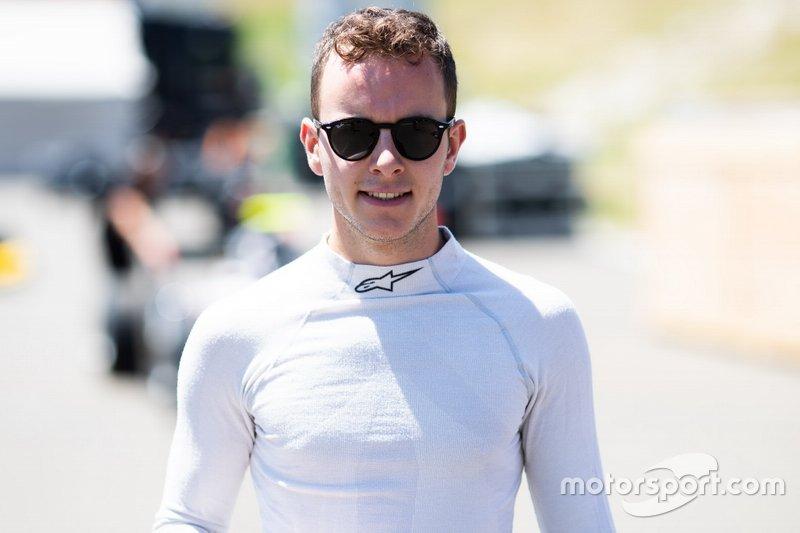 Ele começou a correr em monopostos em 2013, quando foi campeão da Fórmula 4 francesa.