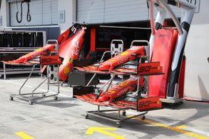 Ferrari SF90 ali anteriori