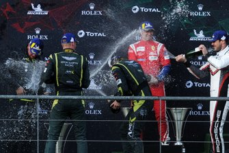 Podium GTE Pro: Winner #97 Aston Martin Racing Aston Martin Vantage AMR: Alex Lynn, Maxime Martin