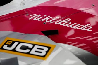 Tribute to Niki Lauda on the Racing Point