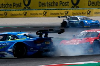 Robin Frijns, Audi Sport Team Abt Sportsline, Audi RS5 DTM get a push from Loic Duval, Audi Sport Team Phoenix, Audi RS 5 DTM