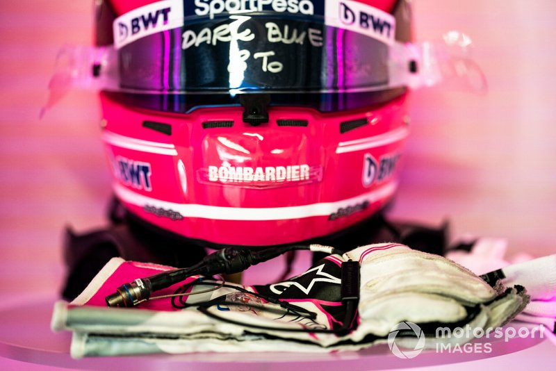 The gloves and helmet of Lance Stroll, Racing Point