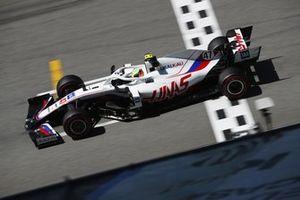Мик Шумахер, Haas VF-21