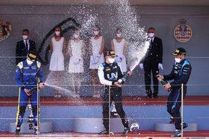 Podium: Race winner Guanyu Zhou, Uni-Virtuosi, second place Felipe Drugovich, Uni-Viruosi, third place Roy Nissany, DAMS