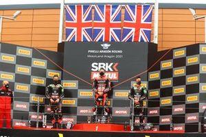 Jonathan Rea, Kawasaki Racing Team WorldSBK, Scott Redding, Aruba.It Racing - Ducati, Alex Lowes, Kawasaki Racing Team WorldSBK