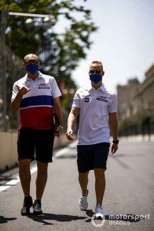 Nikita Mazepin, Haas F1 walks the track