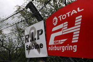 Sabine Schmitz Sign