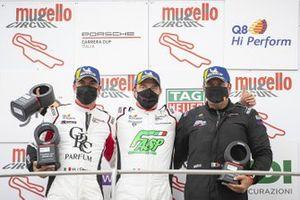 Podio: Marco Cassarà, Raptor Engineering, Alex De Giacomi, Tsunami RT e Piergiacomo Randazzo, AB Racing