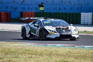#351 Bonaldi Motorsport, Lamborghini Huracán Super Trofeo Evo: Milos Pavlovic, Michael Frederic Fischbaum