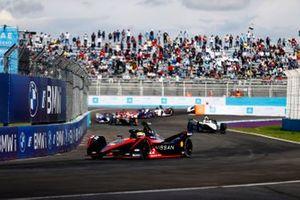Oliver Rowland, Nissan e.Dams, Nissan IMO2, Edoardo Mortara, Venturi Racing, Silver Arrow 02