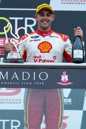 Podium: third place Anton De Pasquale, Dick Johnson Racing