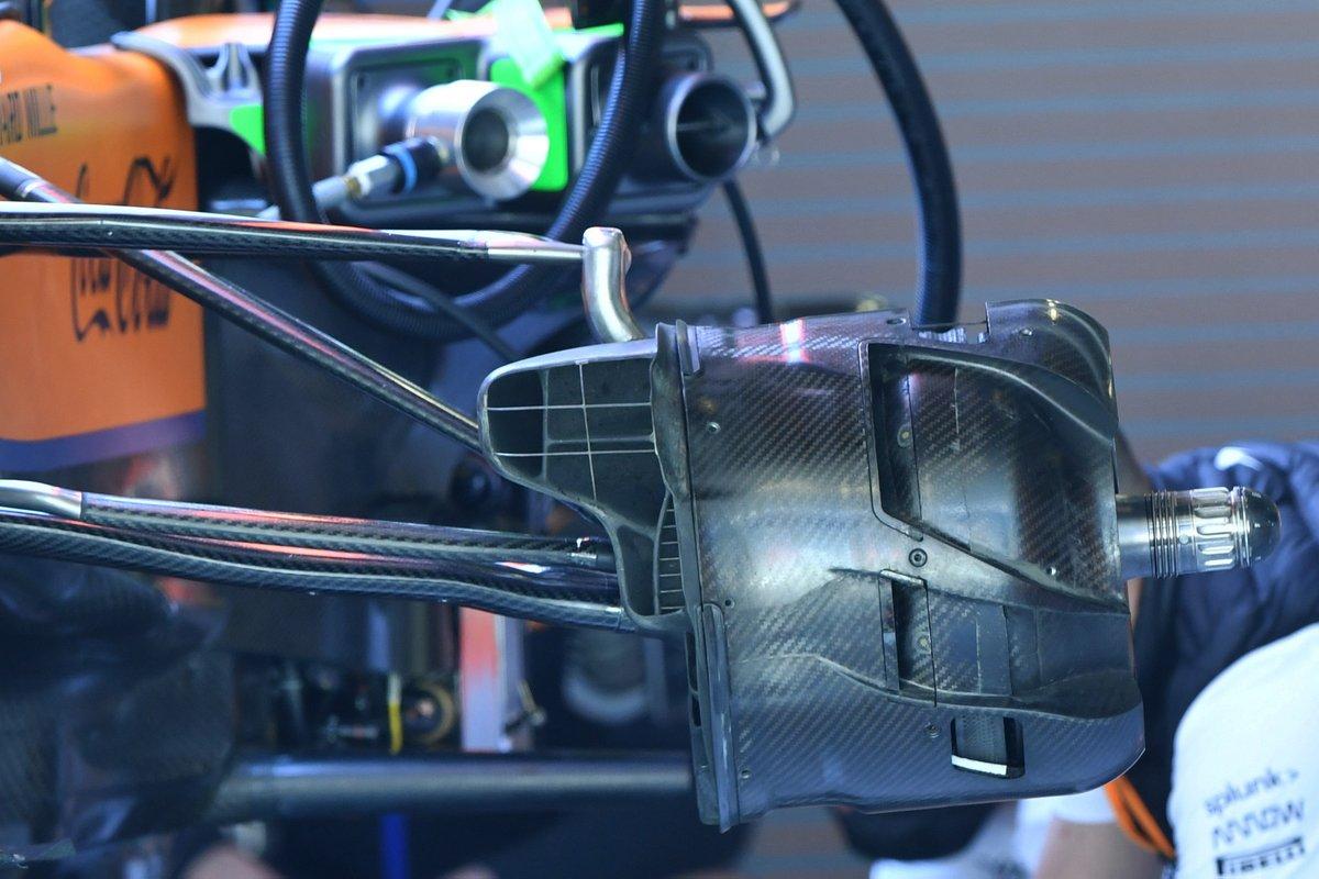 Detalle del conducto de freno delantero del McLaren MCL35M