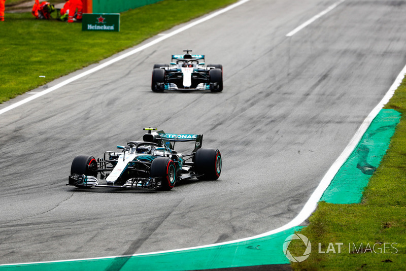 Bottas is asked to drive in formation with Hamilton