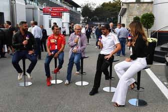 Fernando Alonso, McLaren talks with Federica Masolin, Sky Italia Presenter, Davide Valsecchi, Sky Italia, Marc Gene, Ferrari and Jacques Villeneuve, Sky Italia