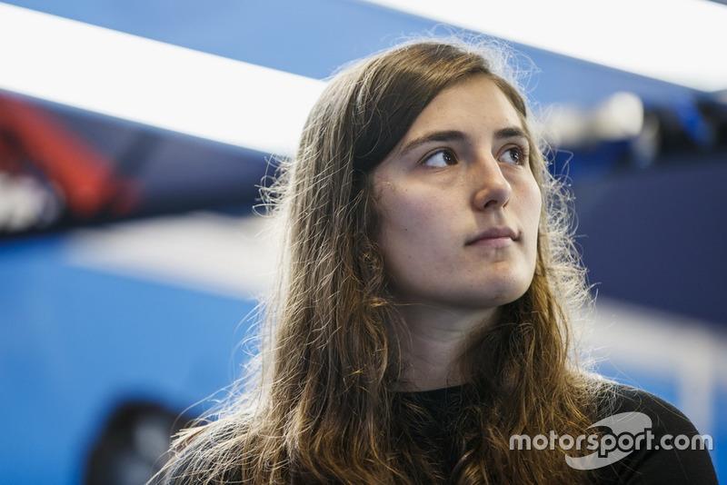 Il y a finalement eu dix minutes d'essais avant les qualifications, avec le meilleur temps de Tatiana Calderón