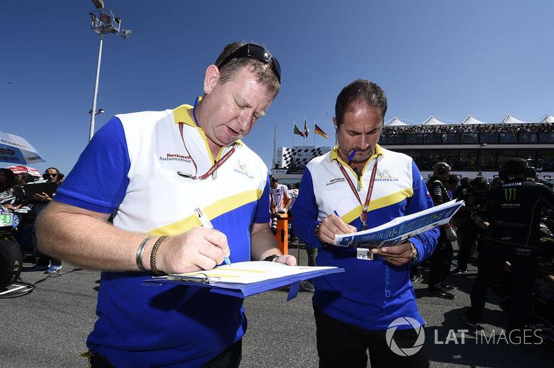 Membri del team Michelin al lavoro