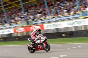 Michael van der Mark in actie tijdens Gamma Racing Day