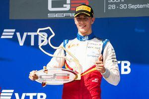 Podio: il vinctore della gara Leonardo Pulcini, Campos Racing