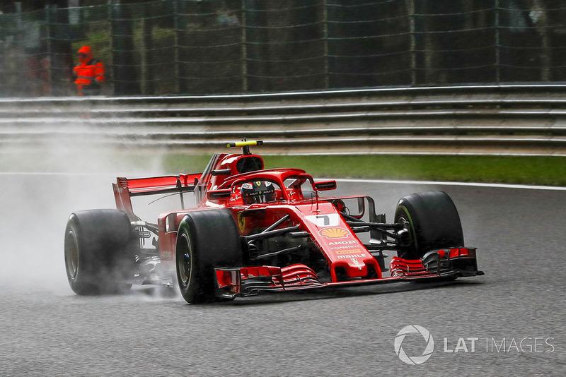 6: Kimi Raikkonen, Ferrari SF71H, 2'02.671