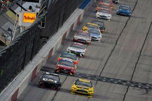 Ryan Newman, Richard Childress Racing, Chevrolet Camaro Caterpillar and Joey Logano, Team Penske, Ford Fusion Pennzoil