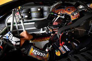 Clint Bowyer, Stewart-Haas Racing, Chevrolet Camaro Rush Truck Centers