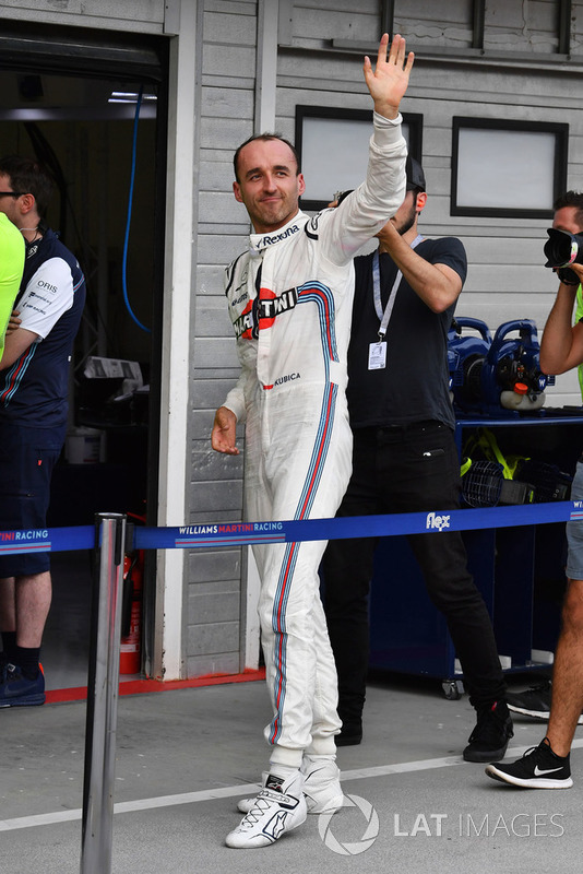 Robert Kubica, Williams, saluda