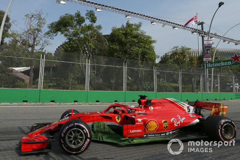 Ferrari SF71H на тренировке Гран При Сингапура