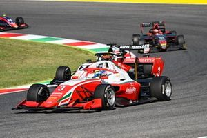 Logan Sargeant, Prema Racing, Theo Pourchaire, ART Grand Prix and Enzo Fittipaldi, HWA Racelab