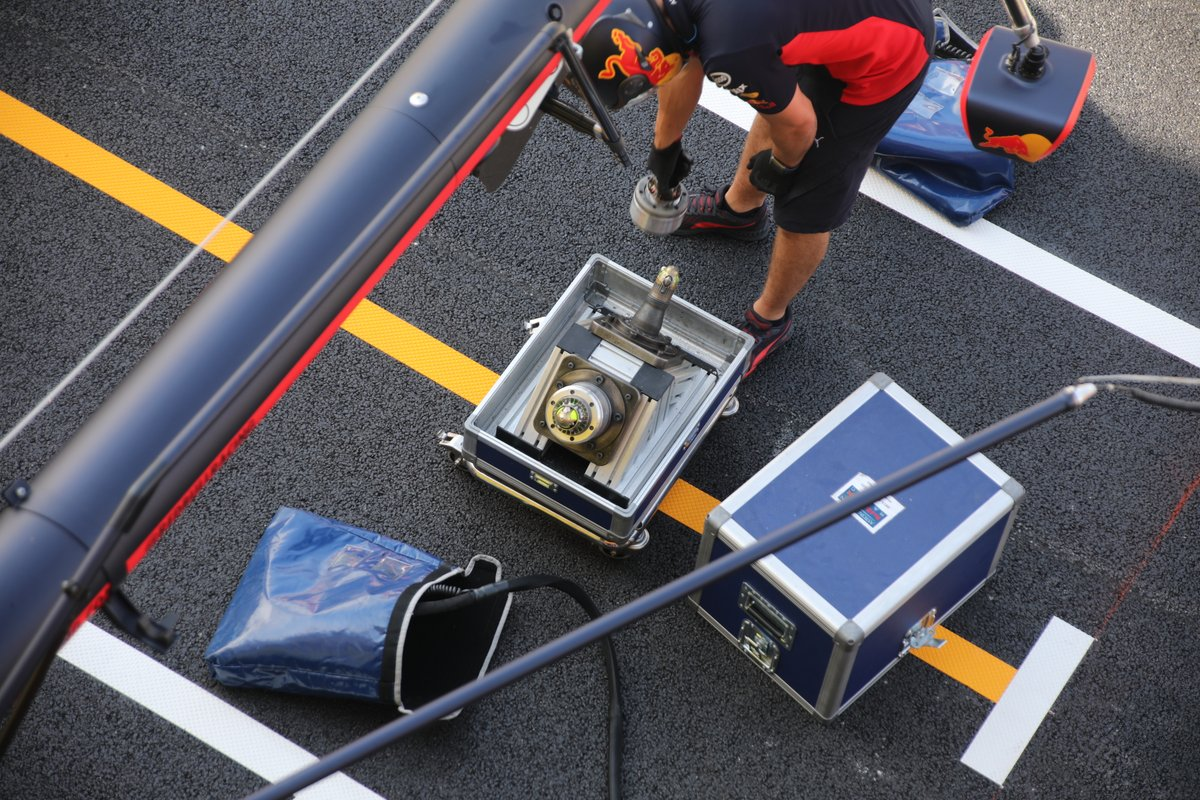 Simulador de paradas en boxes de Red Bull Racing