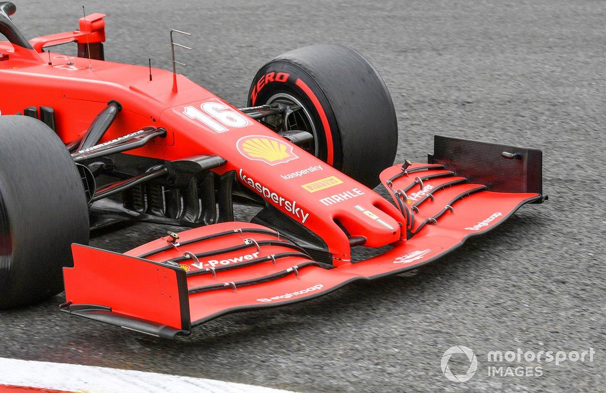El alerón delantero del monoplaza de Charles Leclerc, Ferrari SF1000