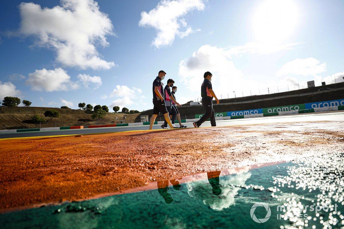 Lance Stroll, Racing Point, fait un tour de piste