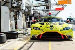 #97 Aston Martin Racing - Aston Martin Vantage AMR: Alex Lynn, Maxime Martin, Harry Tincknell