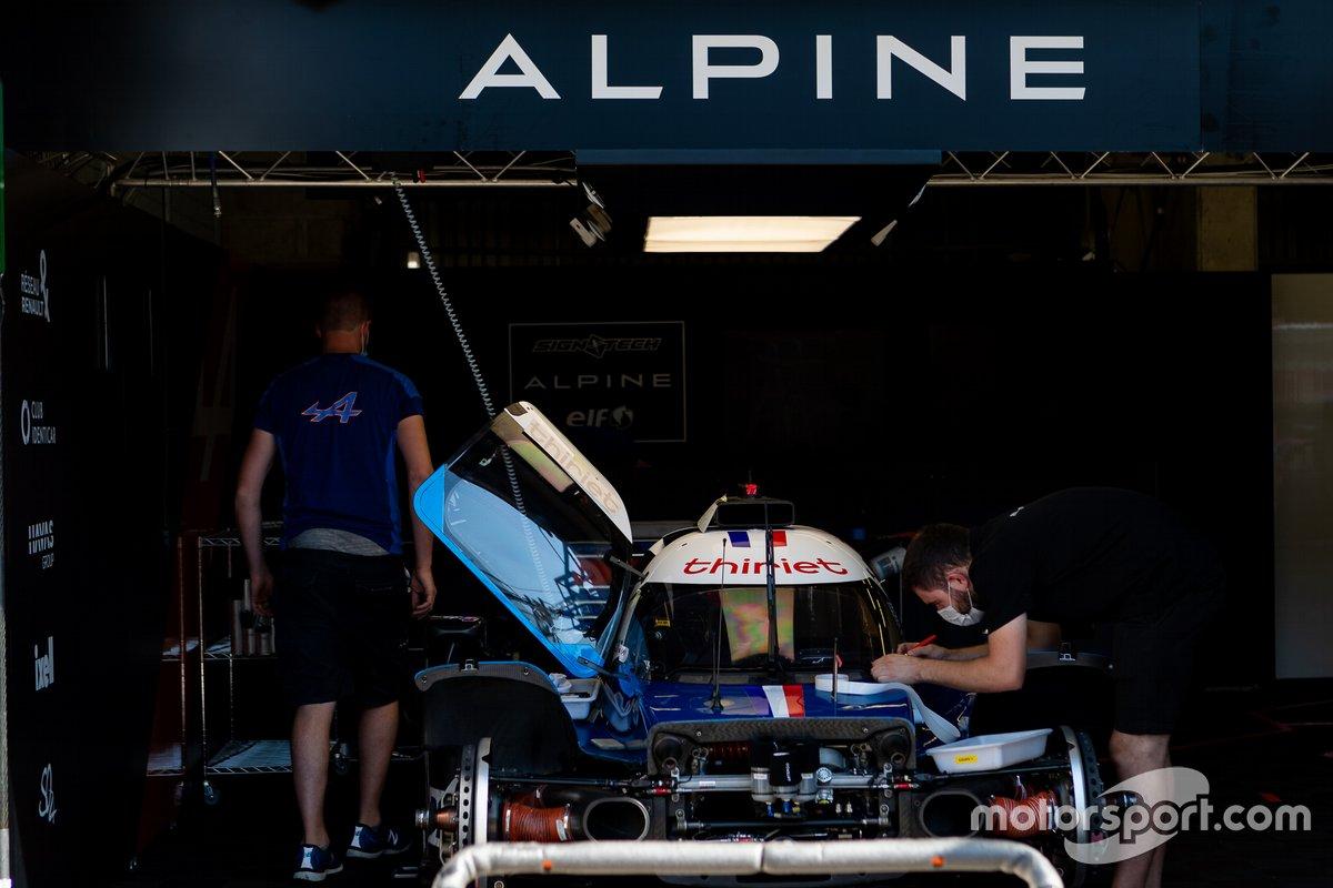 #36 Signatech Alpine ELF - Alpine A470 - Gibson: Pierre Ragues, Andre Negrão, Thomas Laurent