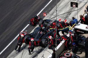 Sebastien Bourdais, A.J. Foyt Enterprises Chevrolet, pit stop