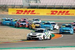 Start des WTCR 2020 im Motorland Aragon in Alcaniz